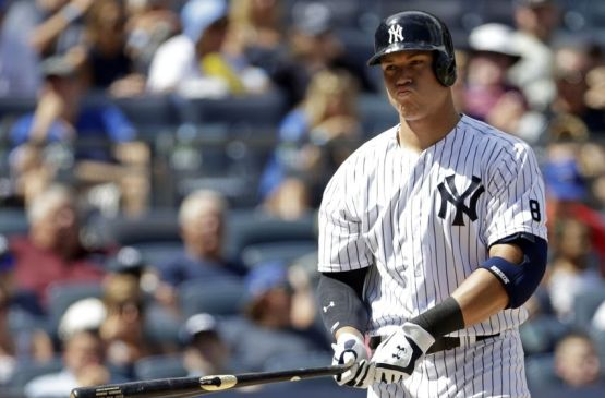 9477056-aaron-judge-mlb-toronto-blue-jays-new-york-yankees-850x560