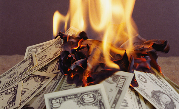 burning-wasting-money-600_ymesag